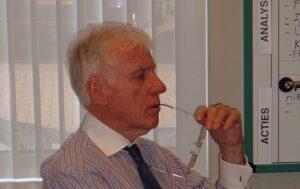 Dr. Horst Grothus